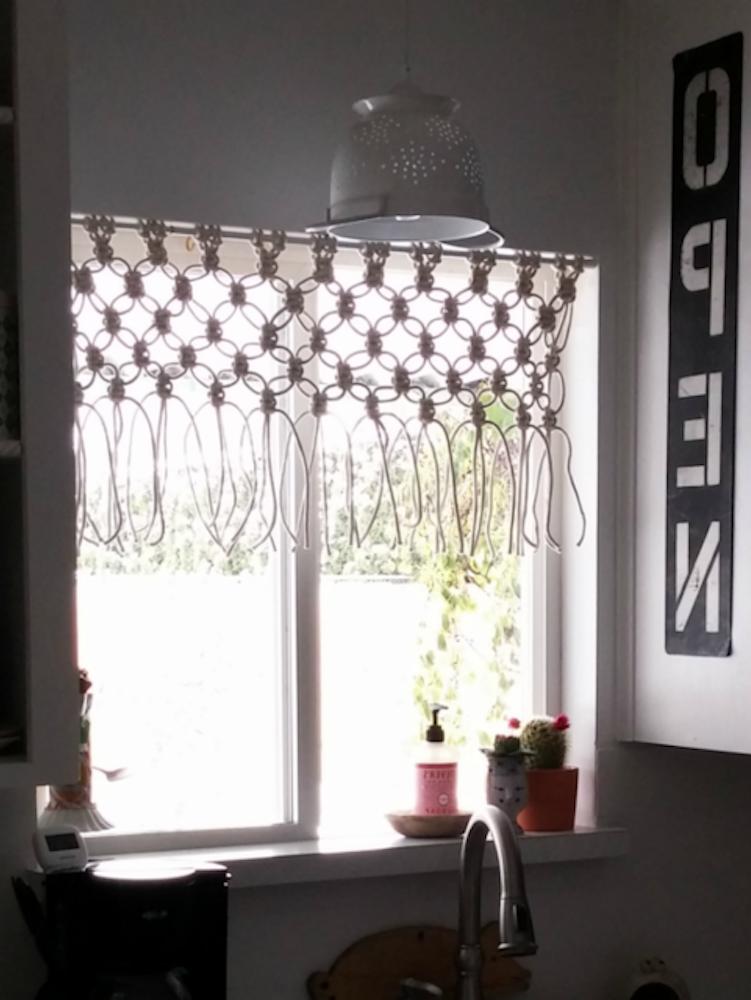 ¿Cómo puedo pintar el vidrio de una ventana?