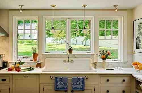 ¿Cómo quitar la grasa de los vidrios de la cocina?
