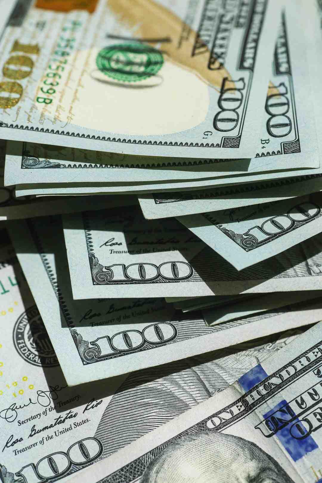 Como Parar de Gastar Tanto Dinheiro