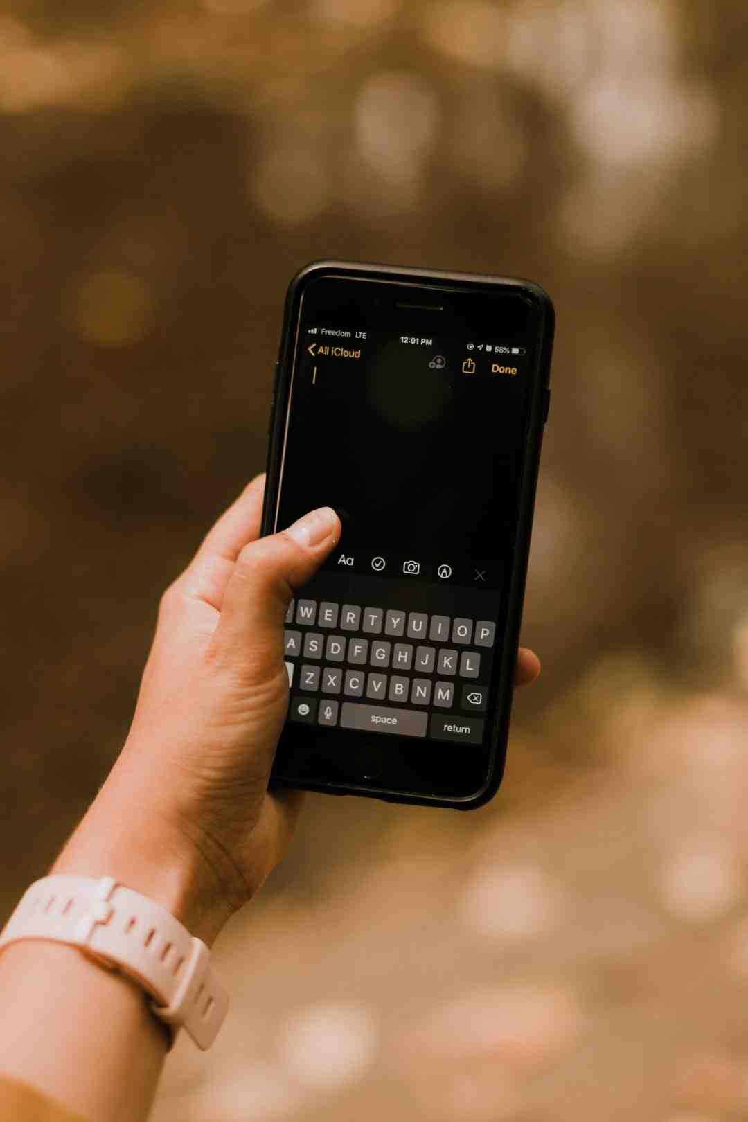 ¿Cómo desbloquear una nota del iPhone?