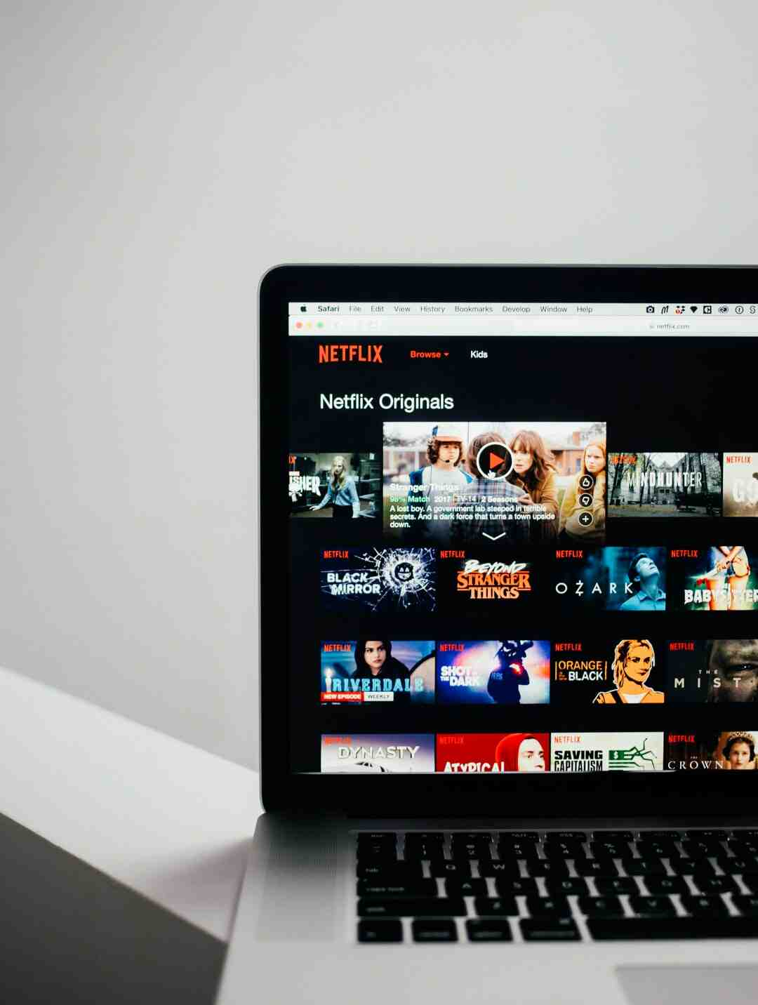 ¿Qué país da mes gratis Netflix?