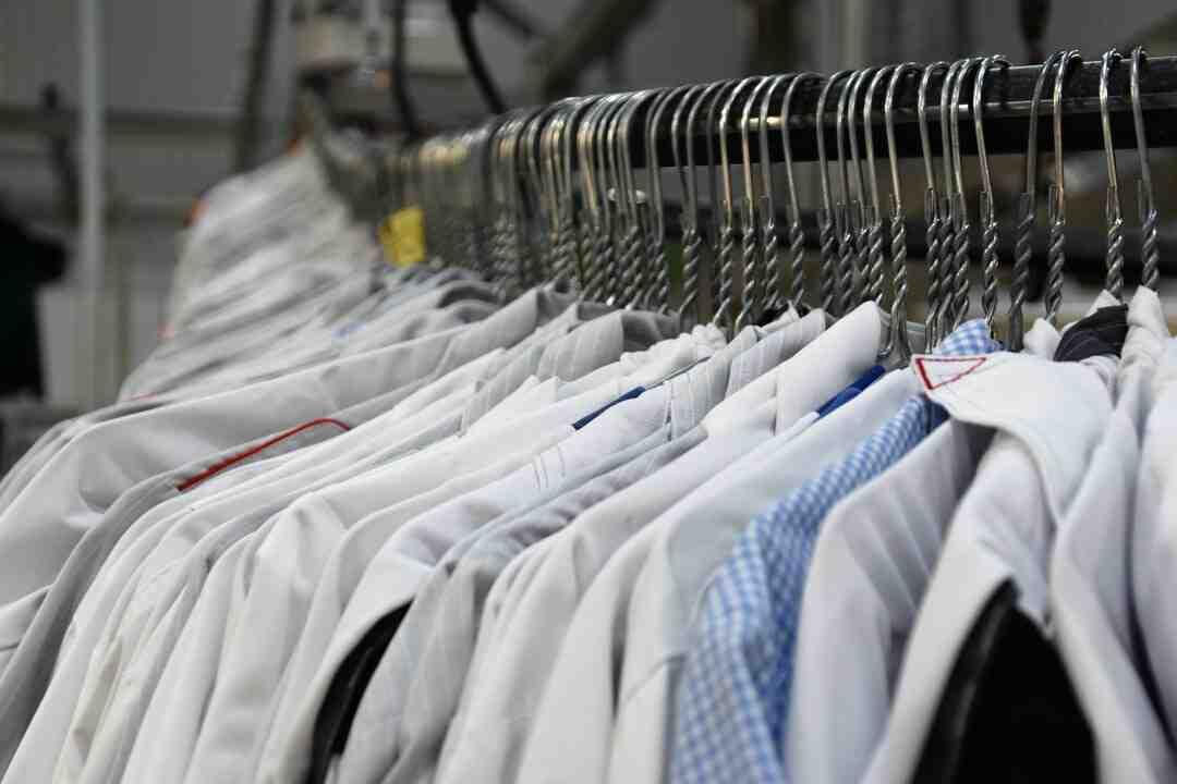 Pode lavar tênis na máquina de lavar e secar?